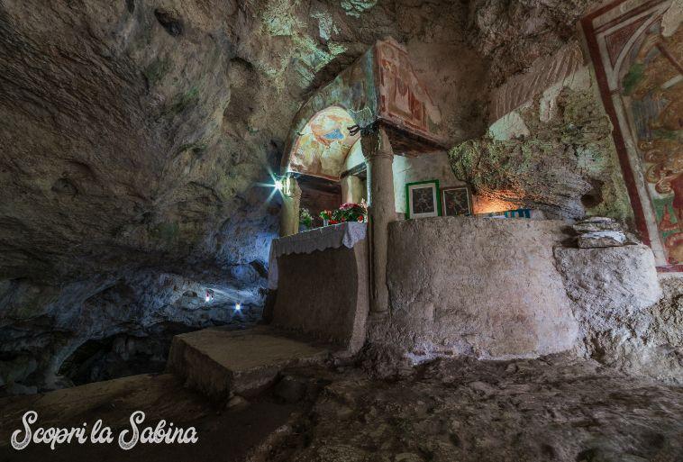 grotta-san-michele-arcangelo-sabina